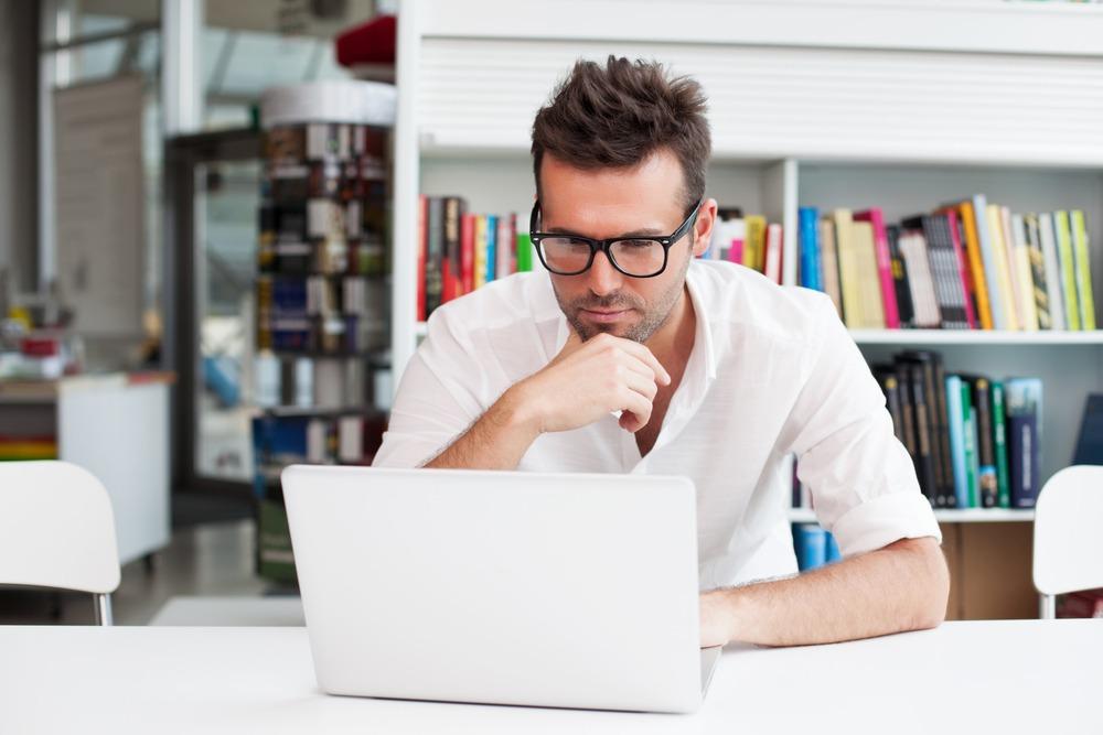 universita online a brescia uomo