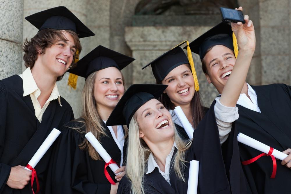 regali laurea economici amici