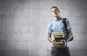 differenza tra liceo e universita studente